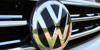 Volkswagen manterá suas fábricas no Brasil fechadas até o fim de abril