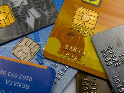 Bancos anunciam redução de taxas de juros após corte na Selic