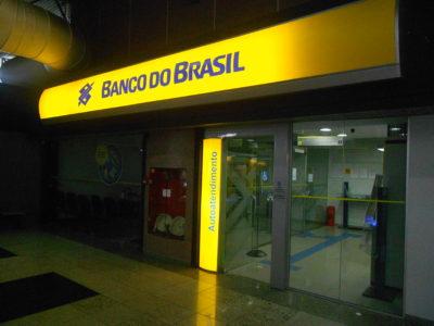Banco do Brasil assina acordo de 3 meses com Correios
