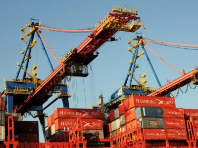 Balança comercial registra superávit de US$ 3,4 bilhões em novembro