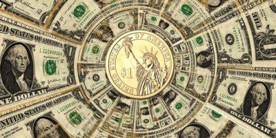 Dólar inicia em alta com guerra comercial e decisões do STF