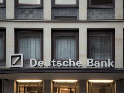 Para a Deutsche Bank, maior banco alemão, a política ambiental brasileira atrapalharia os investimentos estrangeiros no País.
