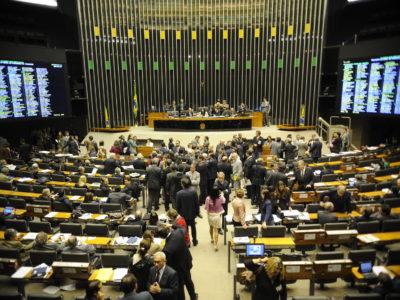 Câmara aprova transferência do Coaf para o Banco Central