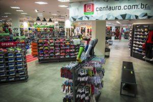 Centauro (CNTO3): Grupo SBF nega ter protocolado qualquer pedido de oferta de ações