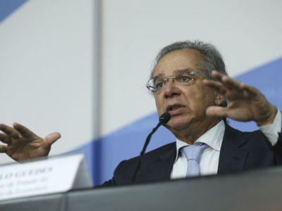 Paulo Guedes diz que salário mínimo ficará acima de R$ 1.031