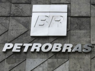 Petrobras: petroleiros suspendem greve após 20 dias de paralisação