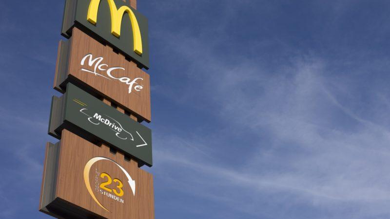 Dona do McDonald's na América Latina registra queda de 6,4% no lucro