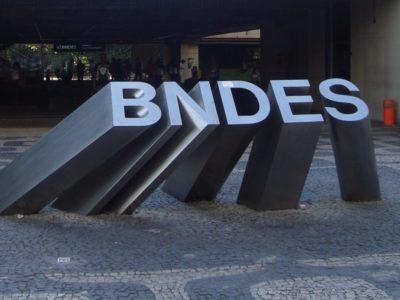 BNDES lucra R$ 5,5 bilhões no 1T20, queda de 49%
