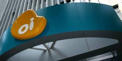 AGU dá desconto de quase 50% em dívida da Oi (OIBR3) com Anatel