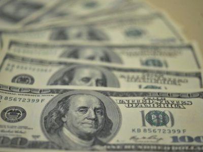 Dólar encerra em alta de 1,48%, cotado em R$ 5,18