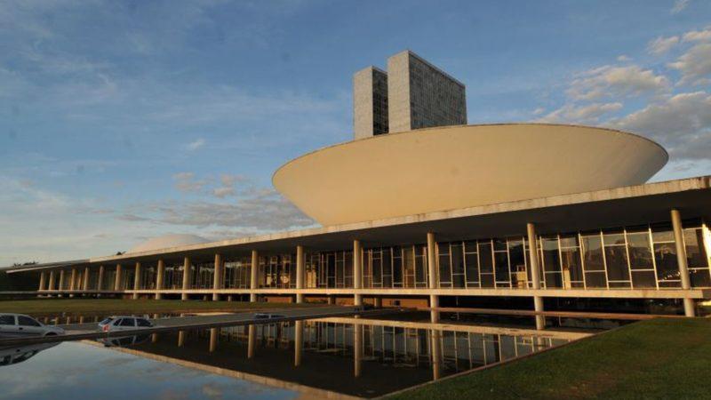 Sem acordo, Congresso adia votação sobre crédito extra de R$ 248 bi