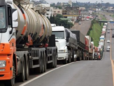 Castello Branco: Petrobras pode fazer pouco para ajudar caminhoneiros