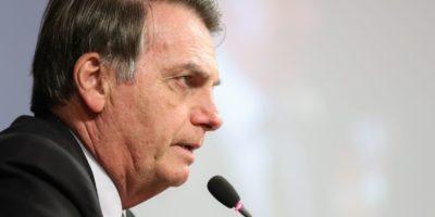 Bolsonaro faz críticas a líderes europeus por questões ambientais