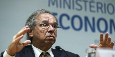 Guedes: governo estuda imposto sobre gigantes digitais e e-commerce