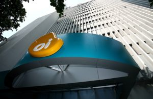 BTG faz proposta por 51% da rede de fibra óptica da Oi (OIBR3)