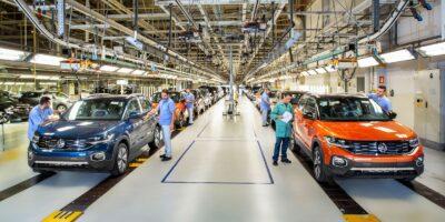 Anfavea reduz previsão para produção de veículos em 2019