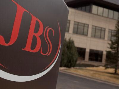 JBS (JBSS3) registra prejuízo líquido de R$ 5,9 bilhões no 1T20