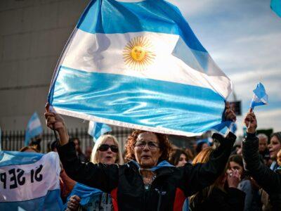 Argentina: Banco Central anuncia corte da taxa de juros