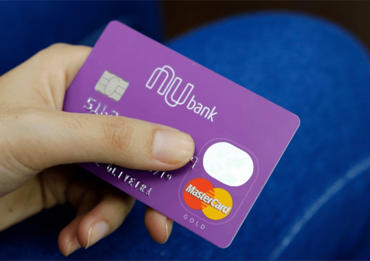 Nubank fecha parceria com PayPal para oferecer função de débito online