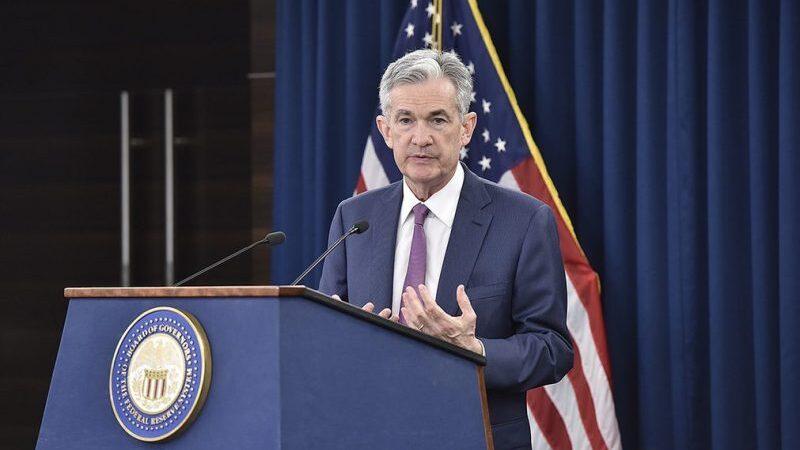 Powell sugere menor alavancagem para ajudar o mercado de crédito