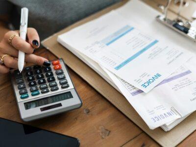Endividamento de famílias atinge maior valor em 6 anos, diz CNC