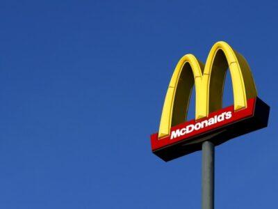 Dona do McDonald's na América Latina obtém lucro de US$ 10,4 mi no 2T