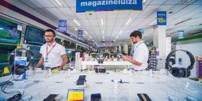 Magazine Luiza (MGLU3): quem está bem no digital, vai surfar a onda, diz Trajano