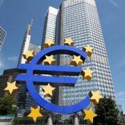 BCE triplica compra de dívividas dos governos da zona do euro