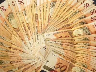 Indexados do Tesouro Direto operam em queda nesta sexta