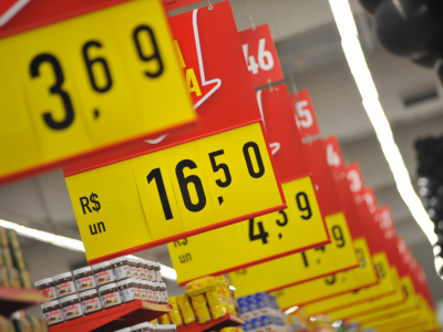 Santander: inflação acima do esperado reflete choque de oferta