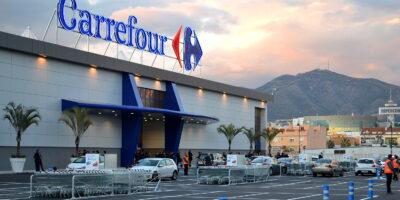 Carrefour nega estar avaliando a compra de rival francês