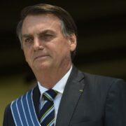 """O presidente da República, Jair Bolsonaro, afirmou nessa terça-feira (18) que vai estudar a reforma administrativa a """"noite toda de hoje""""."""
