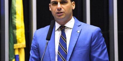 Eduardo Bolsonaro é confirmado como novo líder do PSL na Câmara