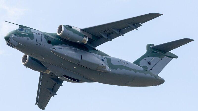Joint venture entre Embraer e Boeing para nova aeronave é nomeada