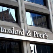 S&P eleva perspectiva de empresas e instituições financeiras do Brasil