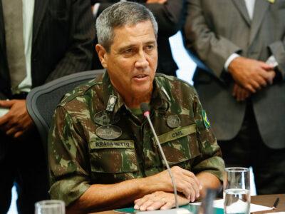 Bolsonaro anuncia o general Braga Netto novo ministro da Casa Civil