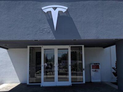 Tesla em 2020: supervalorização, dificuldades de entrega e até Brasil