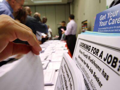 Coronavírus faz pedidos de seguro-desemprego dos EUA irem a 3,2 mi
