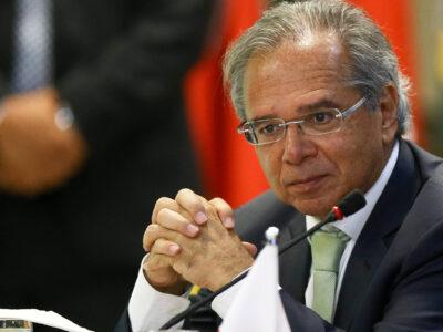Paulo Guedes afirmou que não devem faltar recursos para proteger os brasileiros durante pandemia do coronavírus. Clique aqui para saber mais