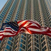 Pedidos de seguro-desemprego nos EUA passam de 6 milhões
