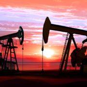 Petróleo: Trump diz que Arábia Saudita e Rússia cortarão produção