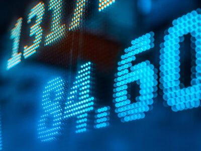 Ibovespa fecha em alta de 0,03%, a 96.234,96 pontos