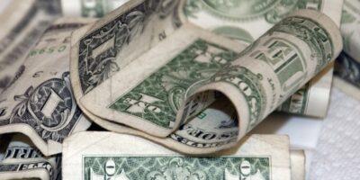 Dólar encerra em queda de 0,074%, cotado em R$ 5,6639
