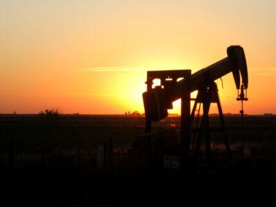 Petróleo: tensões entre EUA e China fazem preço recuar