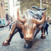 S&P 500: Confira as 5 ações que mais valorizaram no mês de maio