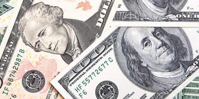 Dólar registra queda de 0,847% com PIB e pronunciamento de Trump