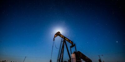 Produção total de petróleo e gás fica estável em outubro