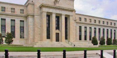 Fed decide manter a taxa de juros inalterada entre 0% e 0,25%