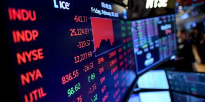 Futuros de NY operam no vermelho no aguardo de resultados; S&P recua 0,9%