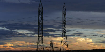 Elétricas podem perder R$ 8,7 bilhões com inadimplência, diz Aneel